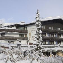 Skiing Package with 7 nights half board and 6 days ski-pass.