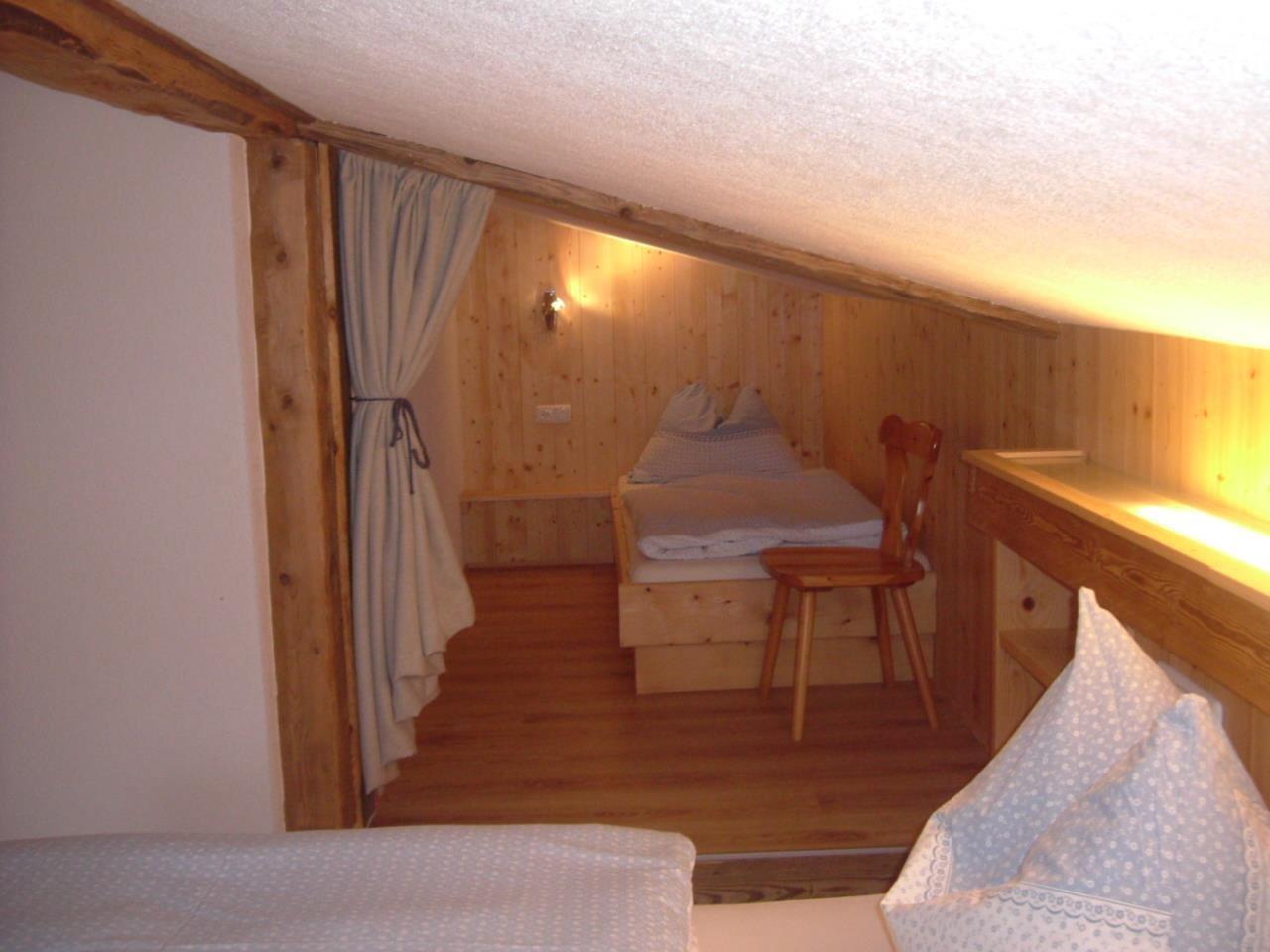 Dusche Offen Kalt : Doppelzimmer mit 2 Zusatzbetten, Dusche, WC