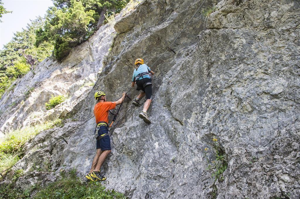 Klettersteig In English : Klettersteig für sportliche einsteiger am wilden kaiser