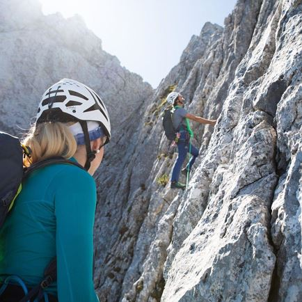 Give Climbing a Try: Familyclimb (MEETINGPOINT HOCHFILZEN)