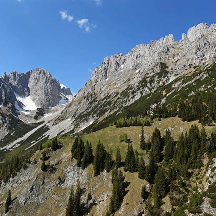 Fall Hiking Weeks I & III: Ellmauer Tor (2,006 m)