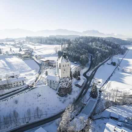 Winter hike to the pilgrimage church in Mariastein
