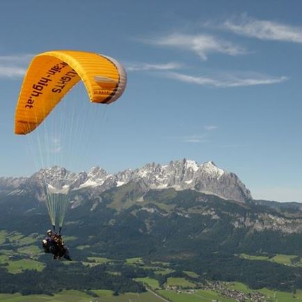 Tandem Paragliding: Discount with the 'St. Johann Card'