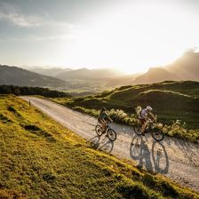 Geführte Mountainbiketour: Kalksteingebirge