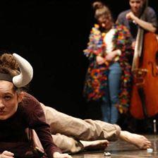 Kindertheater: Eine Kuh macht Mühe