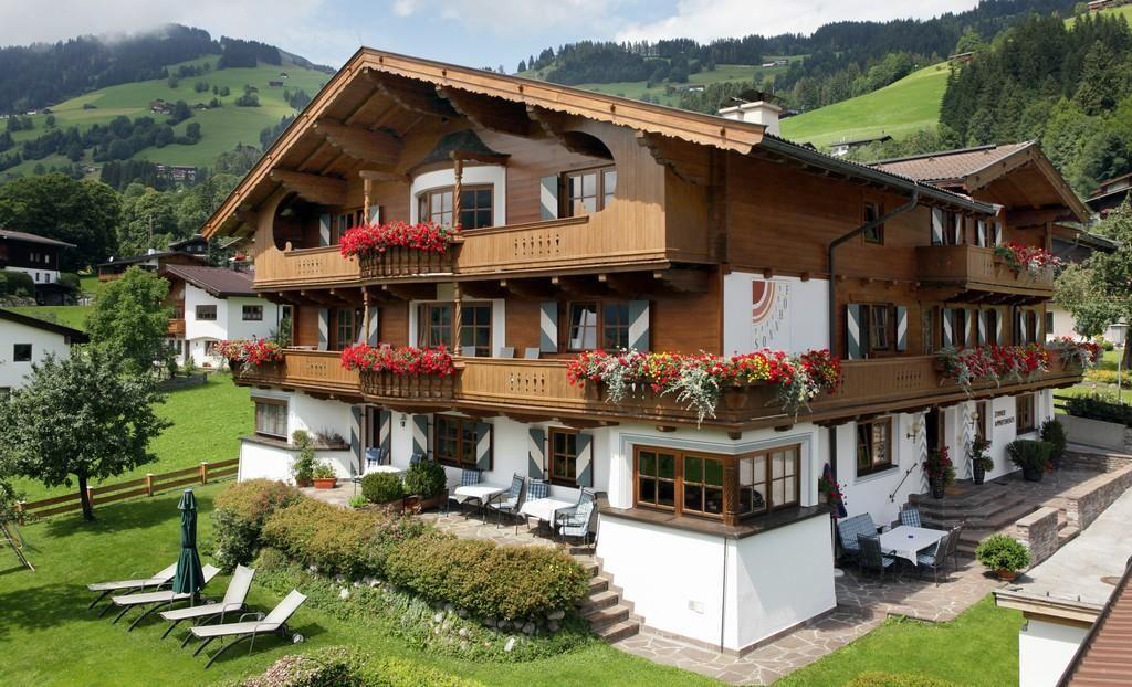 Alpenhof Brixen: hotelli Brixen im Thale, Brixen im - BERGFEX