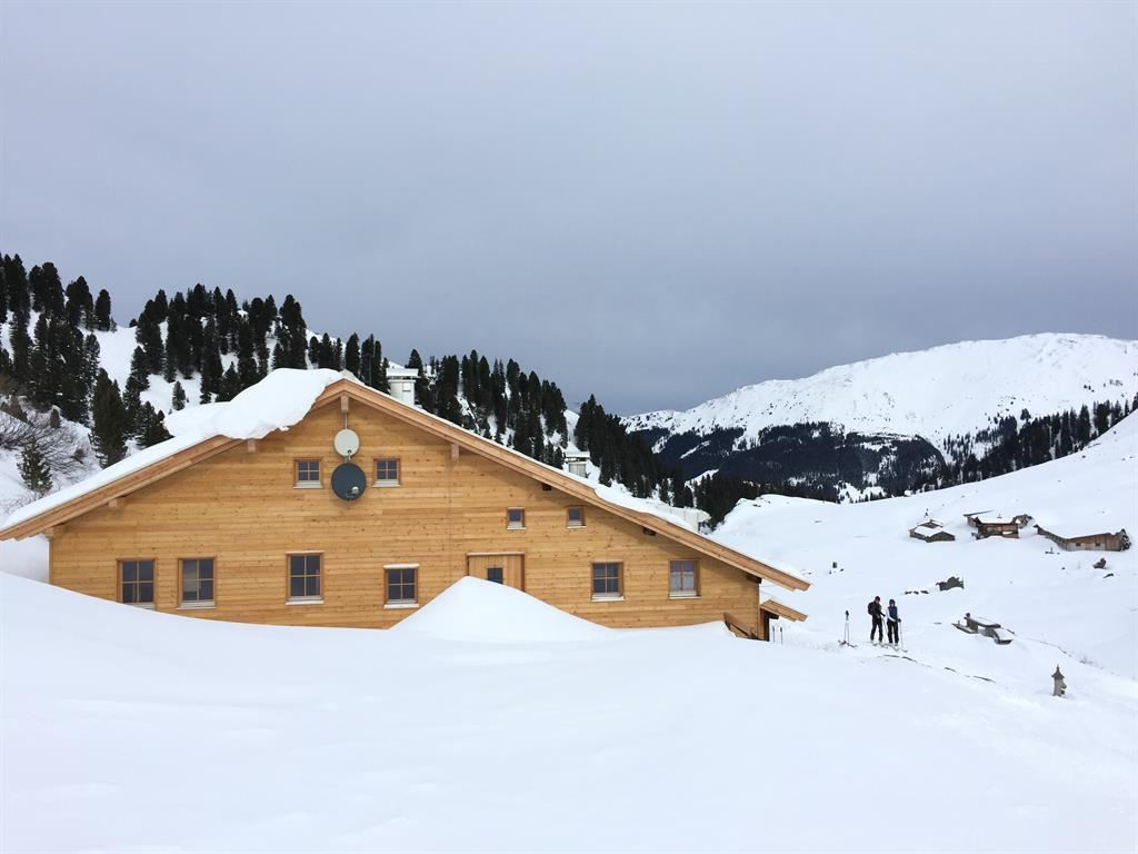Neue Bamberger Hütte Winter