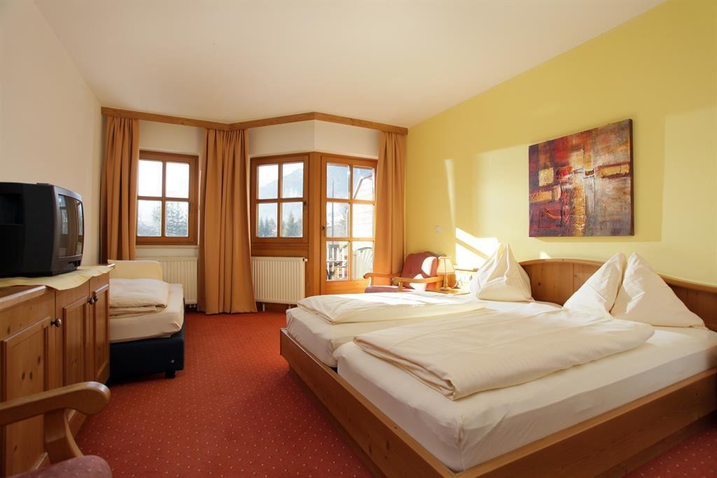 hotel kroneck kirchberg in tirol. Black Bedroom Furniture Sets. Home Design Ideas
