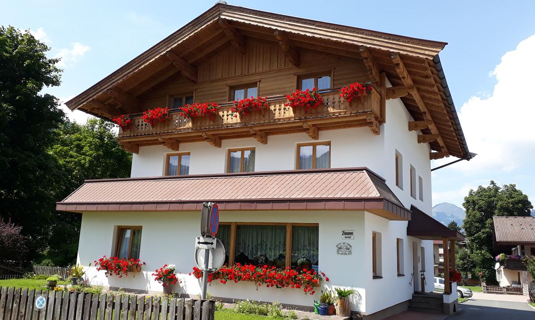 Een Winters Balkon : Pension simair kirchberg in tirol