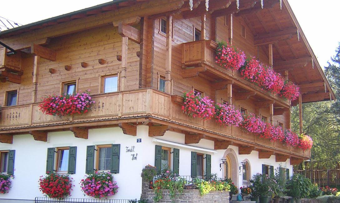 Treffen St. Johann in Tirol Oldtimerclub Zillertal