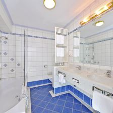 Familien-Suite - Bad