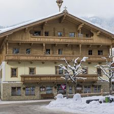 Hotel-Post-Westendorf-Haus-Winter