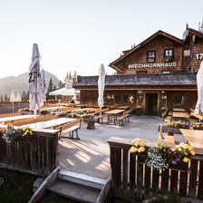 Brechhornhaus, Mountain Inn