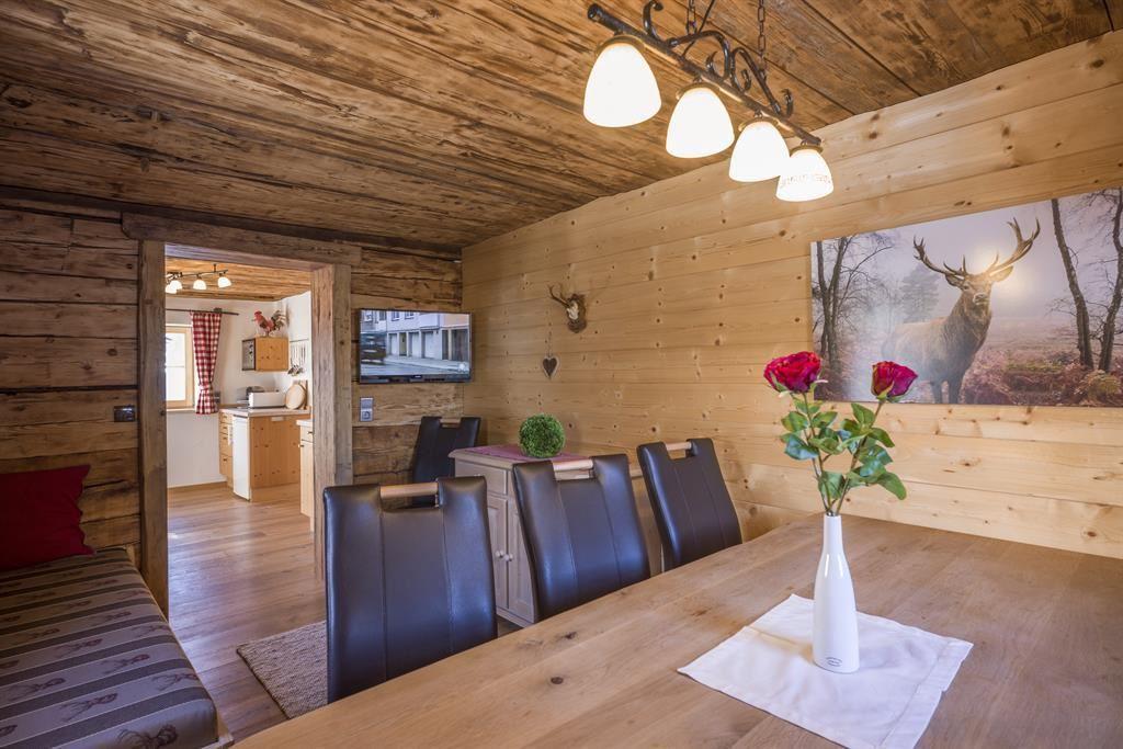 chalet ursteinhütte - kelchsau, Esszimmer dekoo
