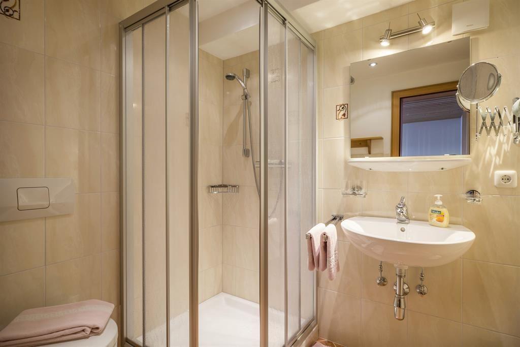 Kühlschrank Für Auto Hofer : Gästehaus hofer brixen im thale