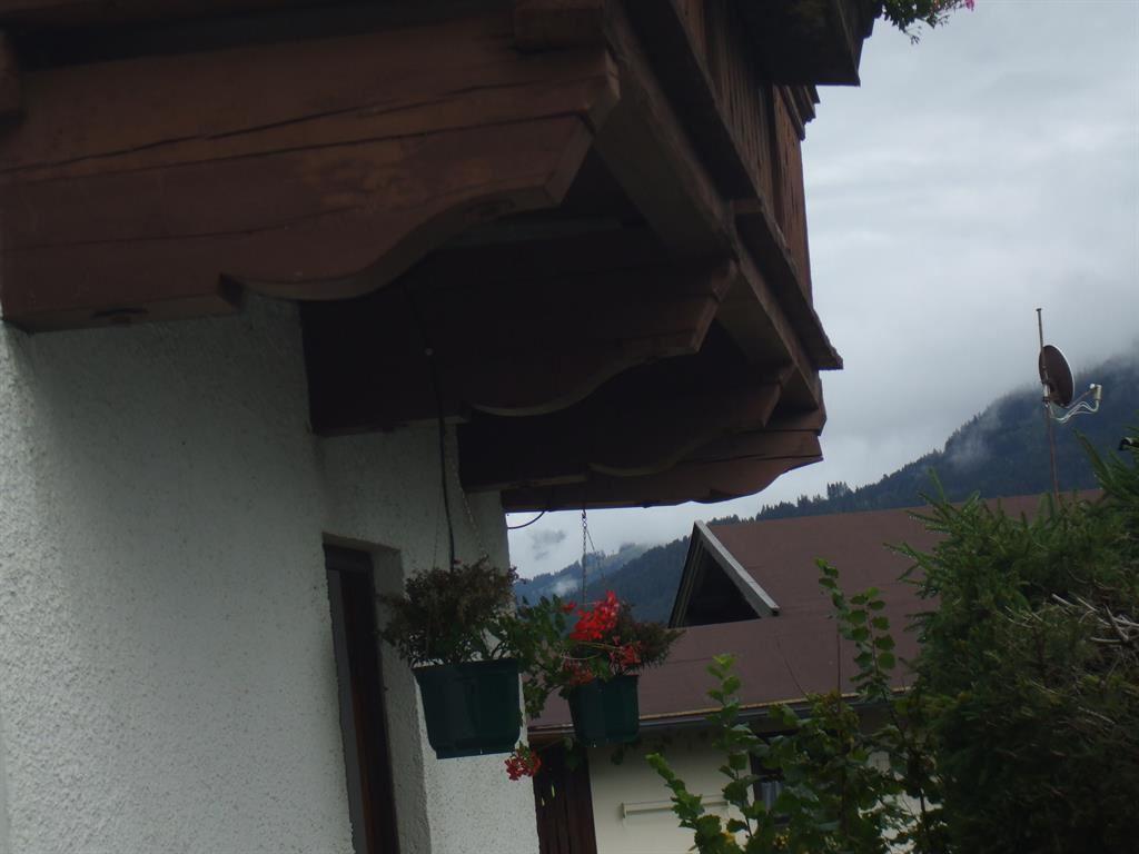 Haus talblick   brixen im thale