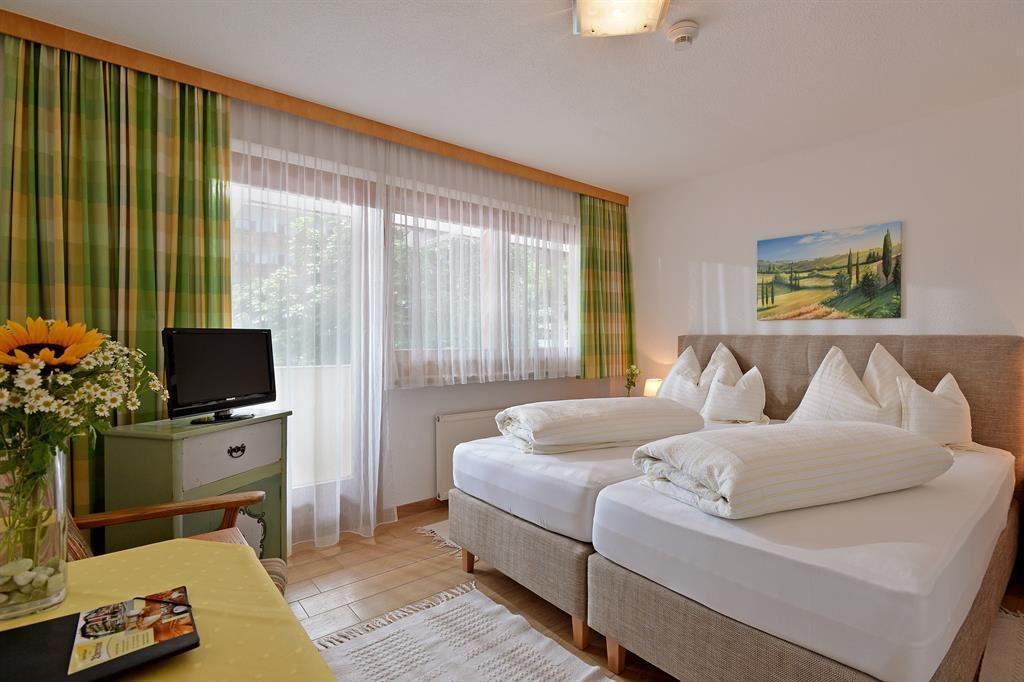 44 Beispiele Wie Schlafräume: Hotel Theresia Garni