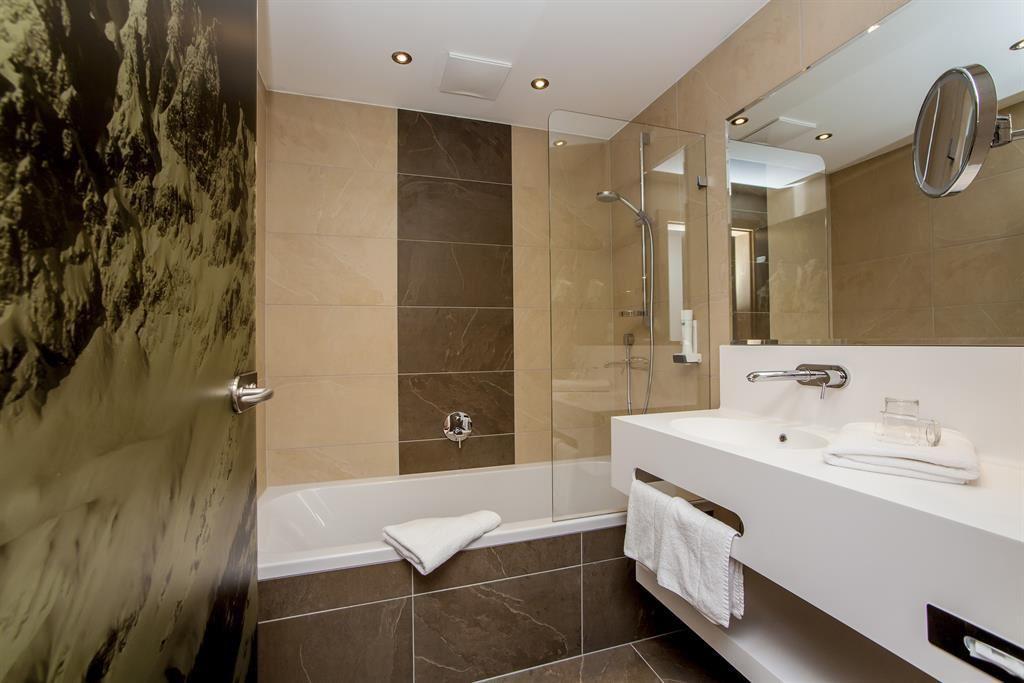 Rolgordijn badkamer ref free cool bastion hotel rotterdam zuid