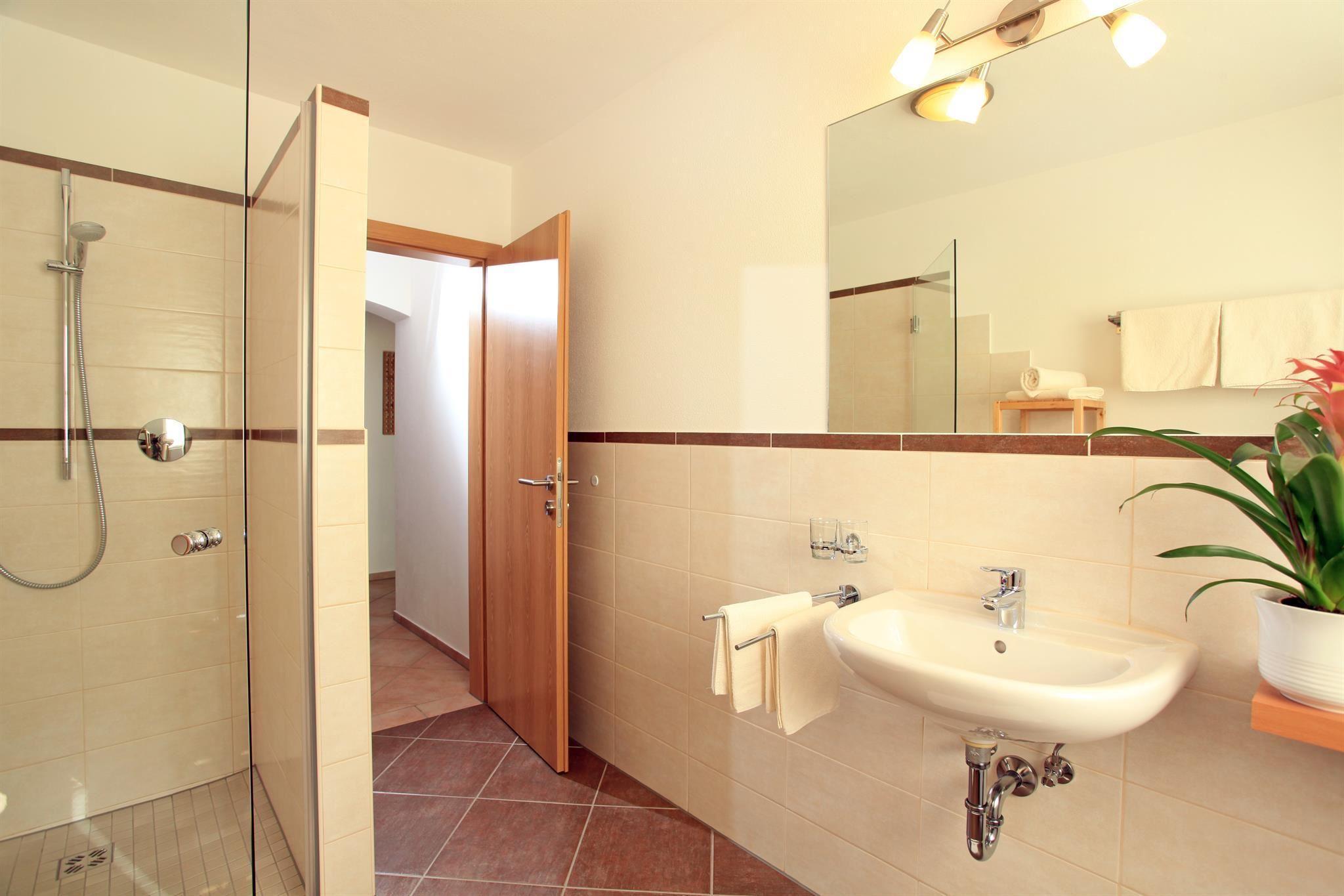 landhaus hirzinger westendorf. Black Bedroom Furniture Sets. Home Design Ideas
