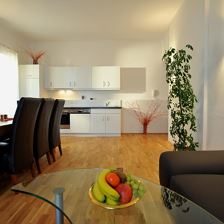 H4) 2 bed-rooms,1 living-bed-r., kitchen