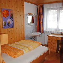 single-room, shower and WC on the floor