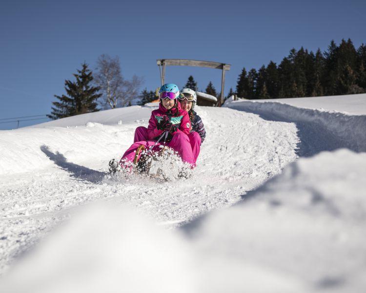 Singles und Kontaktanzeigen aus 6380 Sankt Johann in Tirol