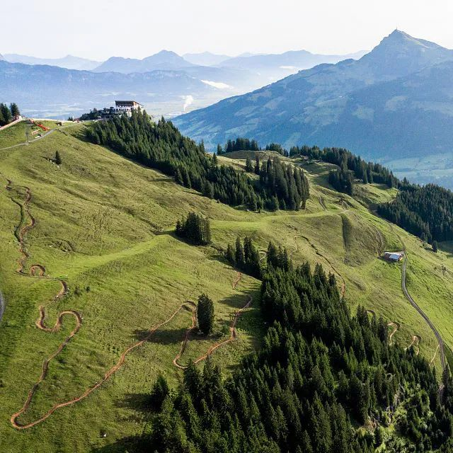Hahnenkamm Trail von oben